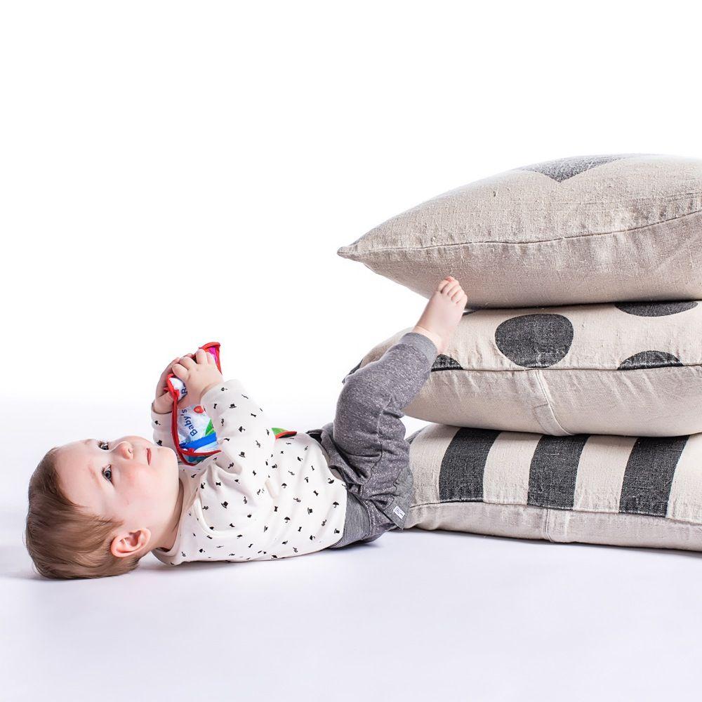 Baby Einstein Explore & Discover Soft Book image 5