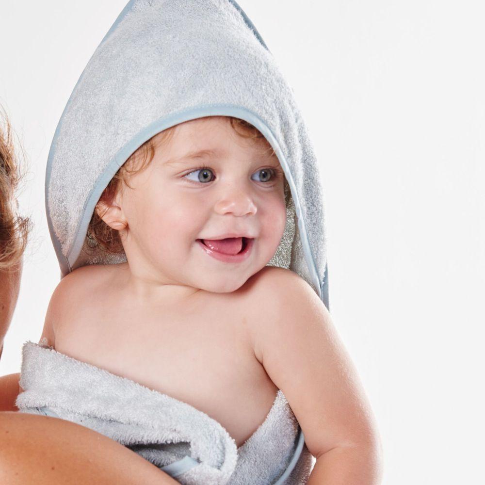 Little Bamboo Hooded Towel Whisper. image 1