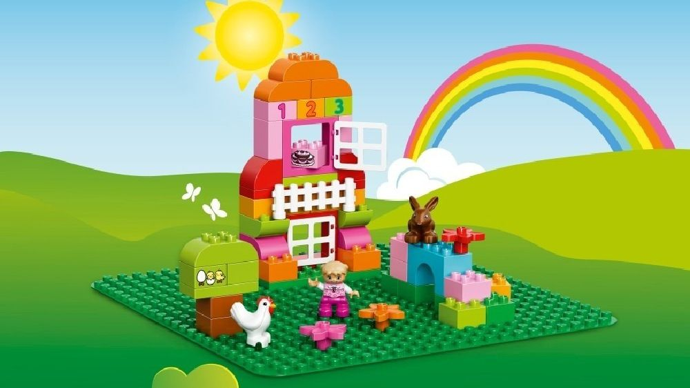 LEGO® DUPLO® Large Green Building Plate image 1