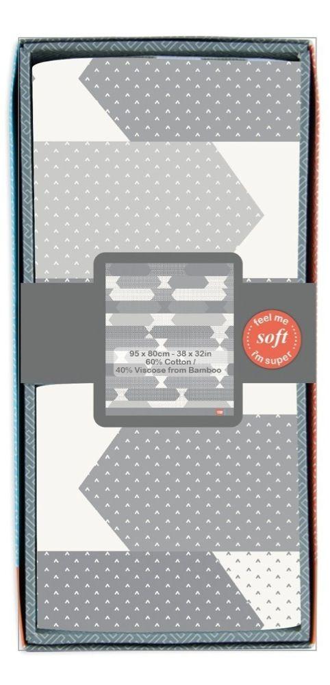 Weegoamigo Bestee Knit Blanket Como Charcoal image 0