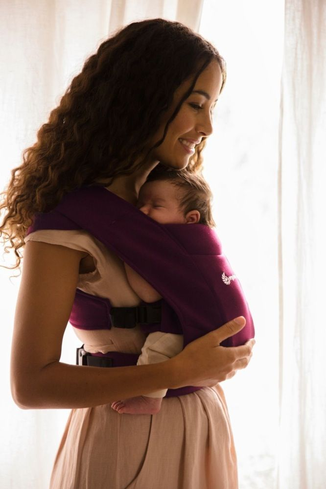 Ergobaby Embrace Cozy Newborn Carrier Burgundy image 5